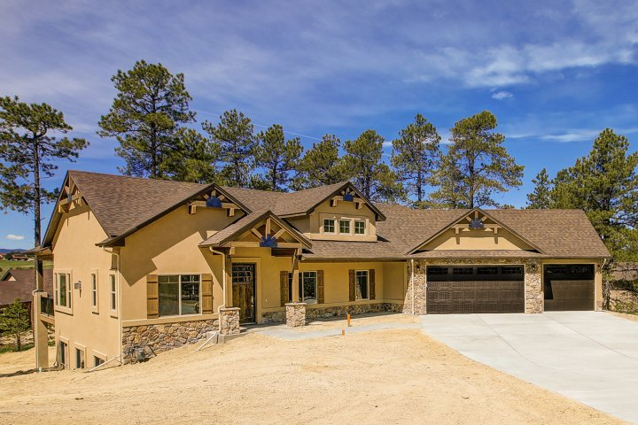 17660 Pond View Place in Walden Preserve